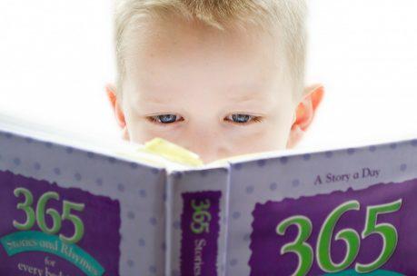 おうちでできる小学生に効果的な英語勉強方法とは?